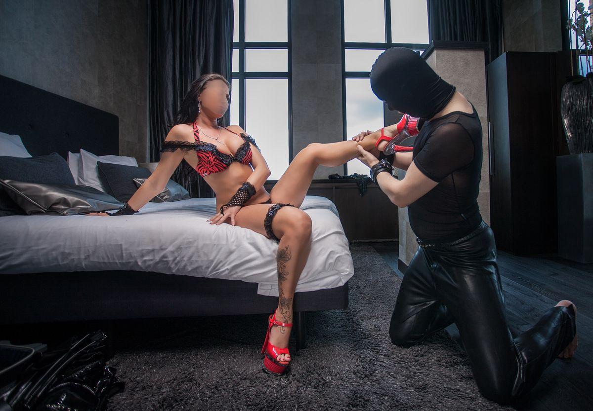 Mistress Elena for SMDOME