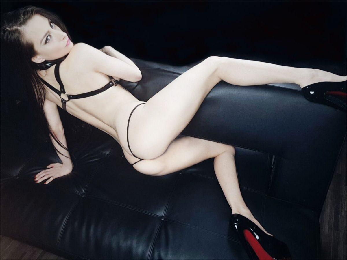 Erotiek, tease en kinky met Kinkygirl Cristal