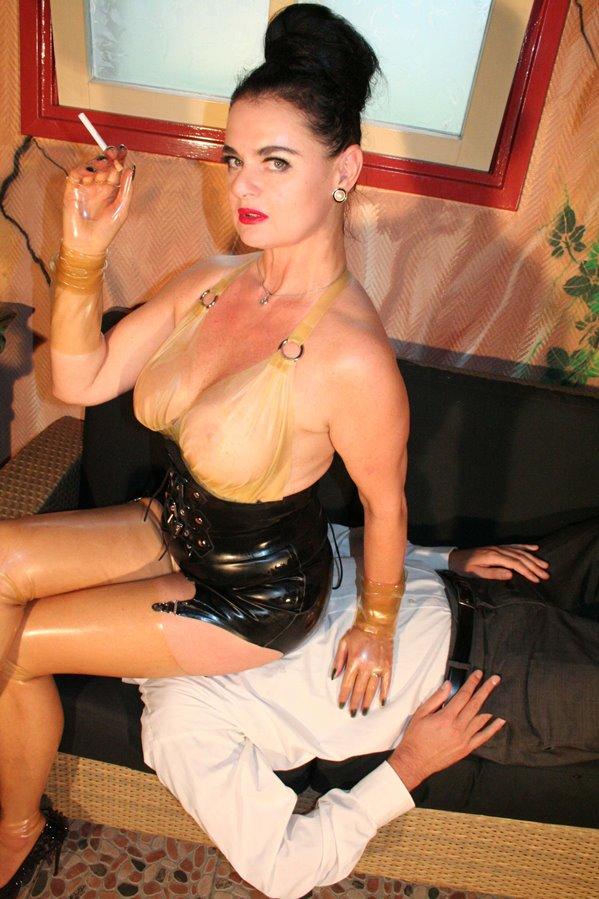 Mistress Dinah